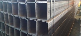 Труба стальная электросварная прямоугольная размером 40х20х3 мм из стали 09Г2С длиной 6 м