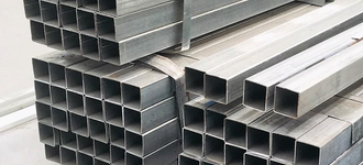 Труба стальная нержавеющая квадратная размером 10х10х1 мм из стали AISI 201 (12Х15Г9НД) с шлифованной поверхностью