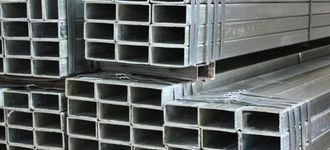 Труба стальная нержавеющая прямоугольная размером 20х10х1,5 мм из стали AISI 201 (12Х15Г9НД) с шлифованной поверхностью