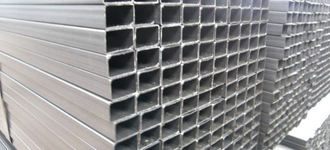 Труба стальная жаропрочная прямоугольная размером 40х20х1 мм из стали AISI 430 (08Х17Т) длиной 6 м с шлифованной поверхностью