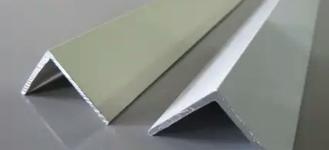 Алюминиевый неравнополочный уголок размером 40х20х2 мм из сплава АД31Т1 длиной 6 м